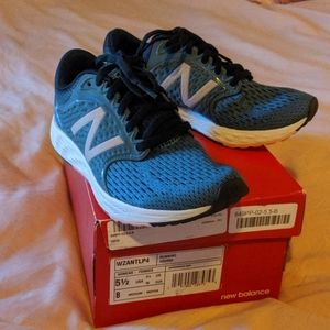 New Balance Shoes - 🆕 New Balance Fresh Foam Zante V4 in Blue